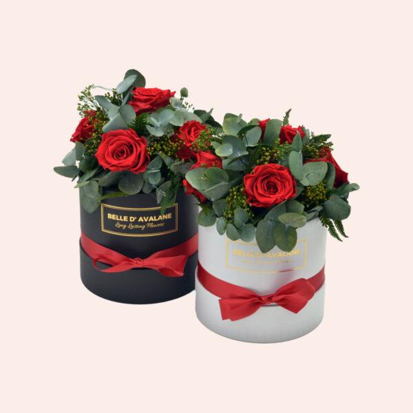 Roses in a box L Ø15 cm Bouquet-wit-en-zwart-box-rode-rose