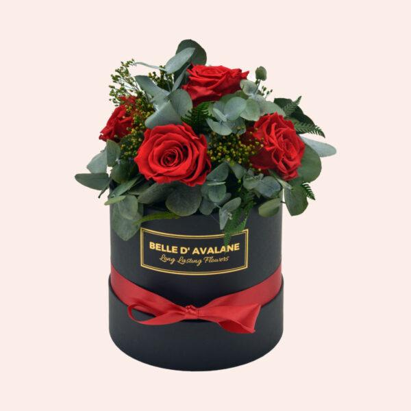 Roses in a box L Ø15 cm Bouquet-zwart-box-rood-rose
